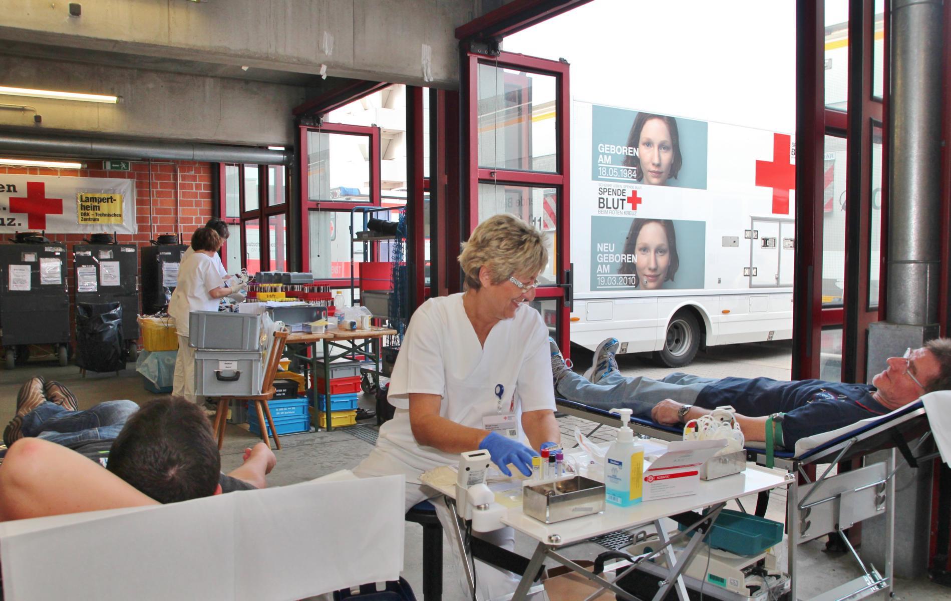 Deutsches Rotes Kreuz meldet Rekordteilnahme beim Blutspenden : TIP ...