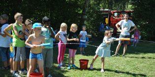 Wasserspiele sorgten für willkommene Abkühlung