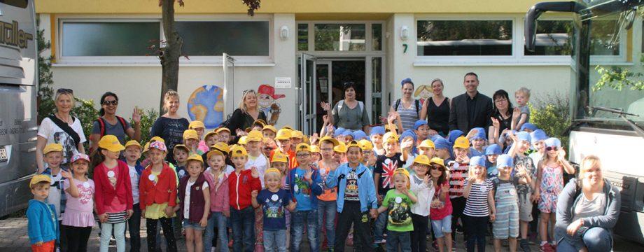 Die Kindertagesstätte Europaring stand am Dienstagmorgen geschlossen in den Startlöchern und freute sich riesig auf den Ausflug in den Heidelberger Zoo. Foto: Eva Wiegand