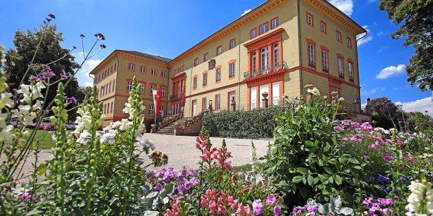 BUZ: Das Schloss Herrnsheim kann bei einer öffentlichen Gästeführung besichtigt werden. Foto: Rudolf Uhrig