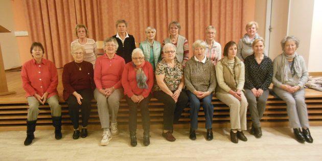 Gymnastik, die Spaß macht: Die Gruppe der Martin-Luther-Gemeinde freut sich über neue Mitglieder. Foto: oh