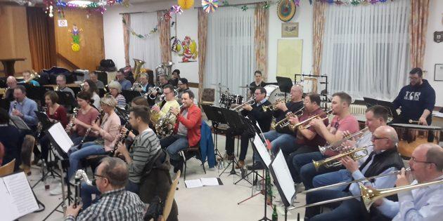BUZ: Die Musiker bereiten sich bereits eifrig auf ihr anstehenden Frühjahrskonzert vor. Foto: oh