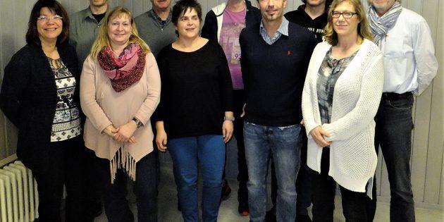 BUZ: Der alte und neue Vorstand der Thatergruppe ZwiBur. Foto: Ehret