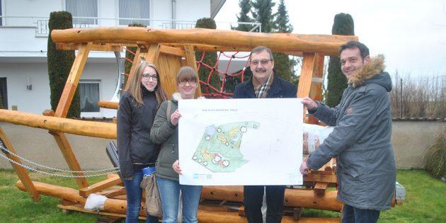 Neue Spielgeräte und Matschpielplatz für die Kinder der Region