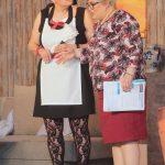 BUZ: Gabi Schäfer-Bauer (links) zusammen mit Anita Reischert beim aktuellen Stück auf der Bühne. Foto: oh