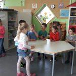Beim Eltern-Kind-Café in der Pestalozzischule konnten die Kinder spielen während die Eltern sich über die Arbeit der Schülerbetreuung informierten. Foto: oh