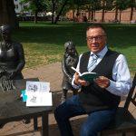 BUZ: Karl-Heinz Horstfeld sucht Gleichgesinnte, die den Lampertheimer Dialekt besser lesen und schreiben lernen möchten. Auch gelentliche Treffen zum Austausch sind geplant. Foto: oh