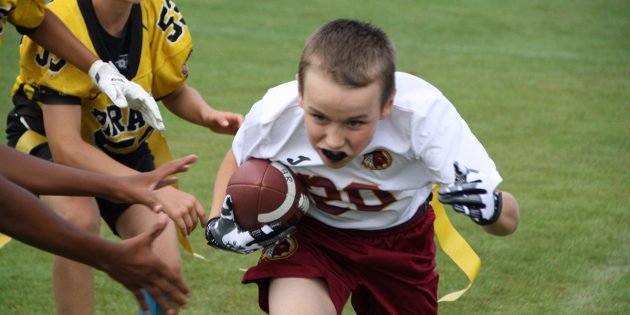 BUZ: Redskins Running Back Nick Schultheis greift gegen Frankfurt an. Foto: oh