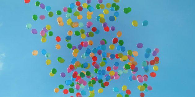 Am Sonntag steigen unzählige bunte Luftballons als weithin sichtbares Zeichen des Friedens und der Vielfalt im Bürstädter Bürgerhauspark auf. Foto: pixabay.com