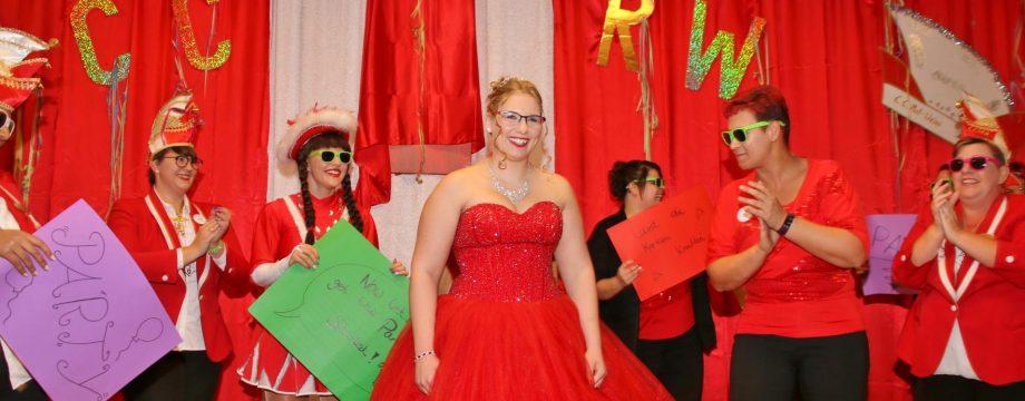 Janine Graber übernimmt als Janine I. die Regentschaft in der närrischen 5. Jahreszeit und lädt alle Narren ein Spaß zu haben. Foto: Hannelore Nowacki