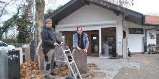 Die ersten Umbauarbeiten laufen: Zum Januar 2019 übernimmt Boxheimer Natursteine die Filiale am Waldfriedhof in Lampertheim. Boris Boxheimer (l.) und Rolf Schanzenbach (r.) werden die Filiale gemeinsam betreiben. Foto: Benjamin Kloos