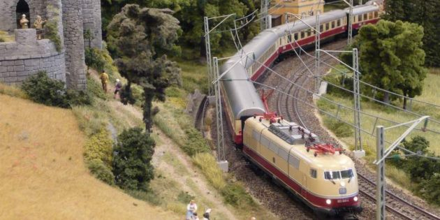 BUZ: Vielleicht fährt die legendäre E 03/E 103.1 auf Modellbahngleisen von Bürstadt nach Bobstadt. Foto: oh