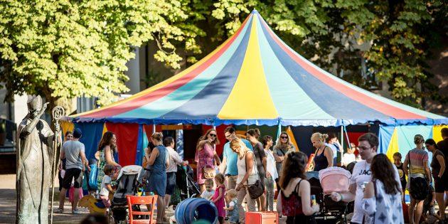 BUZ: Kinder können sich wieder auf das Kinderfest freuen. Das gesamte Programm und alle wichtigen Infos rund um das Festival vom 9. bis 11. August findet man unter www.jazzandjoy.de. Foto: Bernward Bertram