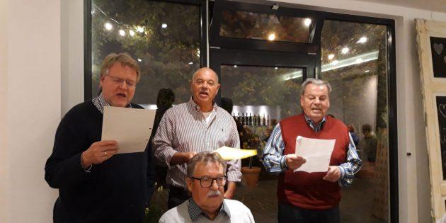 Bei der Weinprobe des GV Frohsinn durften natürlich auch dazu passende Lieder nicht fehlen. Foto: oh