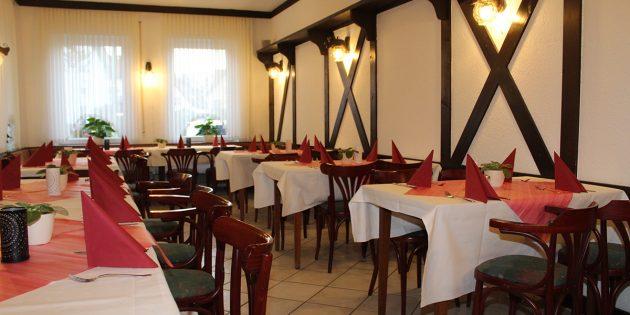 In der Gaststätte Garten- und Naturfreunde lässt es sich gemütlich schlemmen. Die Speisekarte bietet kulinarische Spezialitäten der indischen und deutschen Küche. Foto: Eva Wiegand