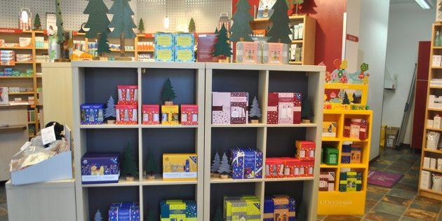 Die Feldhofen'sche Apotheke hält für Weihnachten besondere Geschenkideen bereit. Foto: Benjamin Kloos