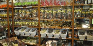 Warten darauf, abgeholt zu werden: Die köstlichen Osterhasen des Schokoladenhaus Oberfeld. Foto: Benjamin Kloos