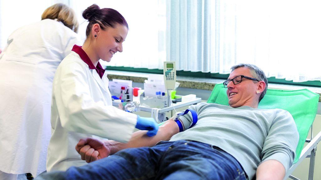 Mit Blutspenden auch zu Coronazeiten Leben retten