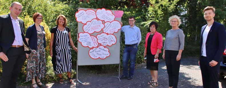 Bundesjustizministerin Christine Lambrecht ließ die Aussagen der Notizen auf sich wirken. Foto: Hannelore Nowacki