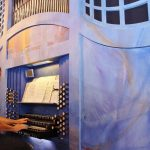 Jochen Steuerwald aus Speyer vor Konzertbeginn an der großen Blauen. Foto: Hannelore Nowacki