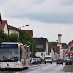 Für Schüler, die aus Hüttenfeld zum Schulzentrum West in Lampertheim fahren wollen, gibt es ab Montag morgens eine zusätzliche Verbindung. Archivfoto: Hannelore Nowacki