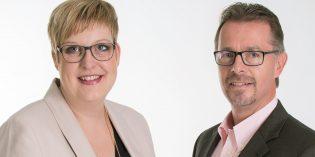 Bei Blickpunkt Radtke in der Bürstädter Straße 4 sind die beiden Inhaber Augenoptikermeister Axel Buchner und Alexandra Pasch weiterhin für die Kunden da. Foto: oh