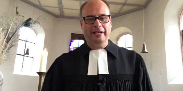 Screenshot von Pfarrer Arne Polzer aus dessen YouTube-Kanal. Foto: oh