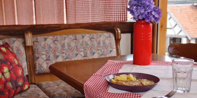 Das Tagesgericht beim Bauernladen Steinmetz abholen und zuhause, im Büro oder unterwegs einfach genießen – mit dem neuen Pfandsystem für das Mehrweggeschirr haben auch Umwelt und Natur einen Vorteil. Müllvermeidung einfach gemacht. Foto: Hannelore Nowacki