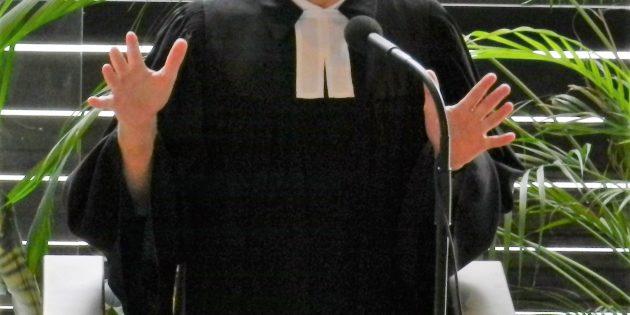 Pfarrer Höppner-Kopf appeliert an die Gemeinde, die Briefwahl zur Kirchenvorstandswahl am 13. Juni unbedingt wahrzunehmen. Foto: ehr
