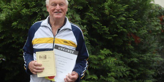 Zeigte auch mit 84 Jahren eine beachtliche Leistung bei den Deutschen Seniorenmeisterschaften: Heinz Janson. Foto: Benjamin Kloos