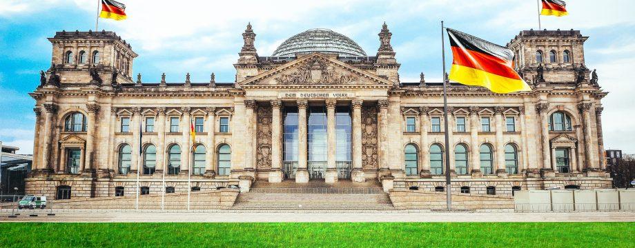 Am 26. September wird der Bundestag gewählt – zehn DirektkandidatInnen und 23 Parteien und Wählervereinigungen bewerben sich im Kreis Bergstraße. Foto: www.pixabay.com