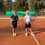 Die erfolgreiche U9 Mannschaft: Mika Jahr und Elias Montag (v. l.). Foto: oh