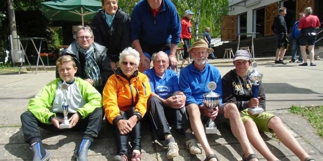 Reichhaltig mit Pokalen in den Händen, kehrten die Kanuten der WSF Guntersblum aus Pfungstadt zurück.