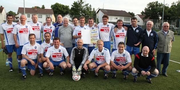 Ü40-Oldies des SV Leiselheim grüßen als Kreispokalsieger 2013