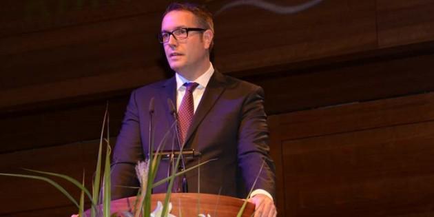 Der rheinland-pfälzische Gesundheitsminister Alexander Schweitzer bei seiner Festrede zum Jubiläum des Klinikums Archivfoto. Gernot Kirch