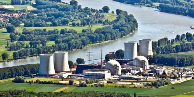 Das Atomkraftwerk Biblis. Archivfoto: Torsten Silz/dapd