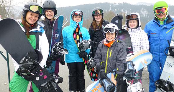 Die jüngsten Snowboarder hatten großen Spaß beim Schnuppertag des Skiclubs Worms-Wonnegau unter der Anleitung von Bernd Schall.