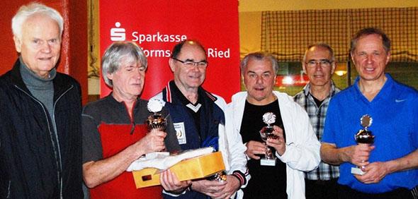 Siegerehrung der Herren 60 und 65 (von links): Bodo Ernst, Peter Wolf, Manfred Hoffmann, Bernd Flesner, Wilfried Biermann, Dr. Rainer Dippold.