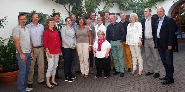 Die Wormser CDU-Fraktion hat in ihrer konstituierenden Sitzung eine ganze Reihe von Ideen vorgestellt. Bürgermeister Hans-Joachim Kosubek (2. von rechts) gratuliert.