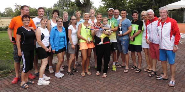 Die Teilnehmer der Doppelmeisterschaften hatten ihren sichtlichen Spaß bei dem Turnier.