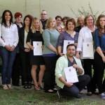 13 Gesundheits- und Krankenpflegeschüler bestehen ihr Examen
