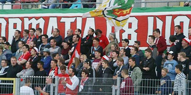 Pokal-Aus im Achtelfinale. Die VfR-Fans erlebten am Dienstagabend eine 2:4-Pleite gegen Zweibrücken.  Archivfoto: NK