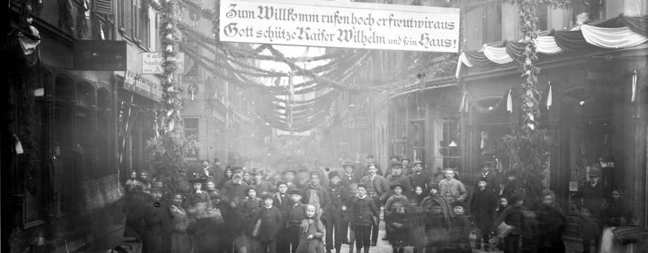 Ausstellung in der Sparkasse: 125 Jahre Wormser Festhaus
