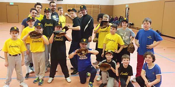 Hochkarätiges Baseball Jugendtraining