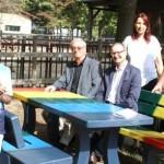Ein farbenfroher Platz für junge Familien