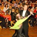 """""""Let's Dance"""" in stimmungsvoller Dekoration"""