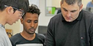 Sechs Flüchtlinge absolvieren Praktika