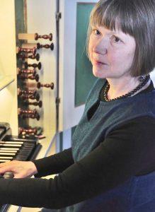 Ingelore Schubert wird am 4. März auf der Stumm-Orgel spielen.