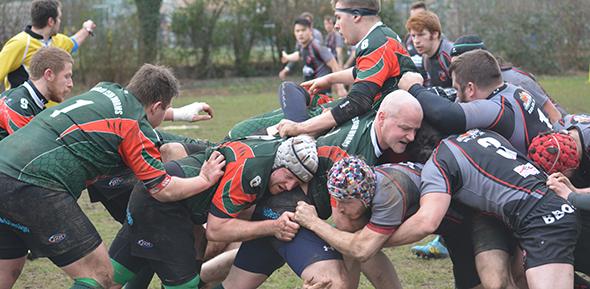 Rugby ist ein faszinierender, harter Sport, bei dem Teamgeist ganz oben steht. Fotos. Gernot Kirch