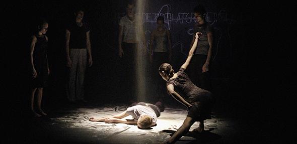 """Tanzen auf höchstem Niveau - Das Danish Dance Theatre mit """"Firebird & Kridt""""."""